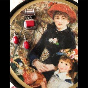 Pendant and Earrings ❣️